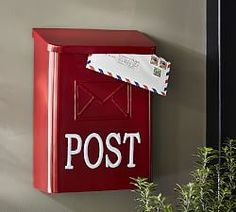 Red Post Mail Box How good would this look with our vintage red metal porch chairs? Red Mailbox, Vintage Mailbox, Pottery Barn Christmas, Christmas Décor, Porch Chairs, Mail Holder, Red Cottage, Post Box, Christmas Decorations