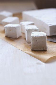 Rezept für selbst gemachte Marshmallows (Mäusespeck) von moeyskitchen.com