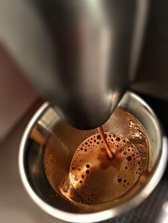 Guten Morgen…wenn es sich draussen wie im Gefrierfach anfühlt, glüht ein #FortissioLungo #Kaffe von @Nespresso vor #whatelse