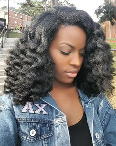 12 Natural Hair Blowout Tips for a Amazing Blowout - Hair Beauty Pelo Natural, Natural Curls, Natural Hair Care, Natural Hair Styles, Natural Beauty, Easy Hairstyles For Medium Hair, Afro Hairstyles, Medium Hair Styles, Curly Hair Styles