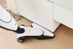 Aspirapolvere vorwerk kobold folletto vk 140 di la casa dell 39 aspirapolvere su blomming all - Aspirapolvere folletto ultimo modello prezzo ...
