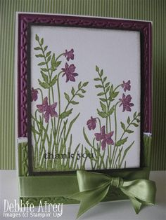 .SU I like border matching flower color on top and matching grass color on the bottom