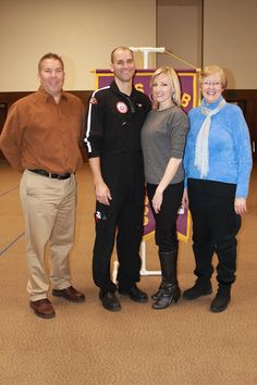 AirMed paramedic joins local Lions for dinner and discussion:    http://paysonchronicle.blogspot.com/2013/01/lions-club-mixes-knowledge-seeking-with.html