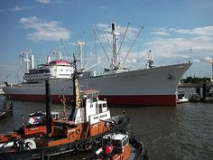 Cap San Diego in Hamburg