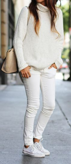 I love this jumper! The whole outfit is hot (I'd also pair it with nude points)