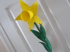 paper plate daffodil by kathy