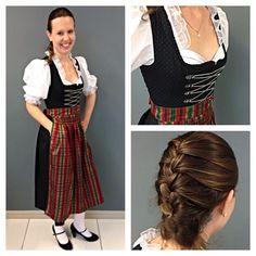 Hoje o look de #oktoberfest veio direto da Alemanha! A Katia trouxe esse traje da sua viagem para lá. Lindo, né? Nossos dias de folia continuam por aqui: amanhã tem mais look, pessoal! #oktoberfestblumenau #lookdodia #look