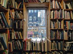 Eliot's Books (Toronto, Canada. Gustavo Thomas © 2013)