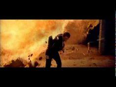 Comercial veiculado em 2008 promovendo o então lançamento do filme 007 - Quantum Of Solace, e do novo modelo de TV Bravia, da Sony. xxx