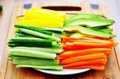 Sushi w domu - co i gdzie kupić? Sushi, Celery, Asparagus, Vegetables, Food, Studs, Essen, Vegetable Recipes, Meals