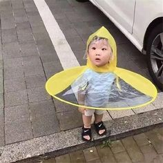 UFO student umbrella cap transparent children's raincoat boned and sessile folds creative foldable parent-child hats DHL - Summer Custom Cute Kids, Cute Babies, For Kids, Rain Hat, Rain Boots, Diy Bebe, Baby Kind, Kids Hats, Beautiful Children