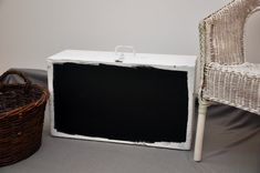 Old, Large Wooden Case / Chalkboard Suitcase / Shabby Suitcase / Vintage Suitcase - Katzen Shabby, Wooden Case, Cat Supplies, Bassinet, Chalkboard, Repurposed, Suitcase, Woodworking, Alter