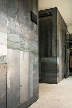 De nieuwe showroom van Kabaz - The Art of Living Arch Interior, Interior Exterior, Interior Walls, Interior Design Kitchen, Interior Architecture, Wall Design, House Design, Modern Industrial Decor, Family Room Walls