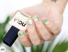 20 Negative Space Nail Looks You Need to Try - Palm Trees