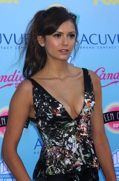 The awkwardness persists on The Vampire Diaries set between Nina Dobrev and Ian Somerhalder, according to reports. Vampire Diaries, Nina Dobrev Style, Nikolina Konstantinova Dobreva, Non Blondes, Derek Hough, Canadian Actresses, Vogue, Glamour, Female