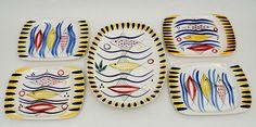 140 - Fisker i blå bølger - Stavangerflint Stavanger, Ceramics, Color, Ceramica, Pottery, Colour, Ceramic Art, Porcelain, Colors