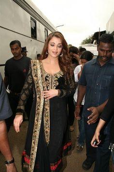 Aishwarya Rai Black Anarkali Suit