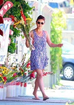 Mila Kunis - Mila Kunis Goes Flower Shopping in Studio City