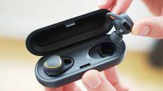 [Rumor] Galaxy S8 pode vir com um fone de ouvido ao estilo AirPods - http://www.showmetech.com.br/galaxy-s8-pode-vir-com-um-fone-de-ouvido-ao-estilo-airpods/