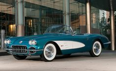 Photographs of the 1958 Chevrolet Corvette Convertible. An image gallery of the 1958 Chevrolet Corvette Corvette Cabrio, Chevrolet Corvette C1, 1958 Corvette, Corvette Convertible, Chevy Ssr, Us Cars, Sport Cars, My Dream Car, Dream Cars