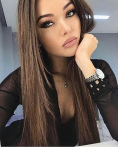 Related posts:Short hair and pink lip colorBeauty and style for hairLong blonde hair - natural is so beautiful Brunette Beauty, Brunette Hair, Most Beautiful Faces, Beautiful Eyes, Beautiful Pictures, Beauty Makeup, Hair Makeup, Hair Beauty, Girls Makeup