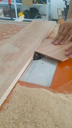 Woodworking Ideas Table, Woodworking Tools For Beginners, Woodworking Jigsaw, Woodworking Hand Tools, Woodworking Workshop, Woodworking Techniques, Woodworking Furniture, Woodworking Projects Plans, Woodworking Shop