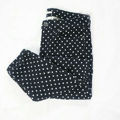 "J.Crew Navy Blue Polkadot Corduroy Skinny Pants These corduroys are navy blue with white polkadots. They are J. Crew skinny pants, toothpick cut. Size 29. Waist, 16"" - inseam, 30"". Great preloved condition ! J. Crew Pants Skinny"