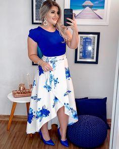 Plus size outfits Plus Size Maxi Dresses, Plus Size Outfits, Dresses For Pregnant Women, Clothes For Women, Stylish Dresses, Fashion Dresses, Short Frocks, Mode Hijab, Blouse Dress