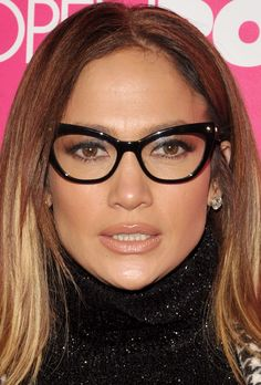 jenniferlopez-ukraine.blogspot.com #JenniferLopez #JLo #makeup #beauty #face #celeb 'Rock The Kasbah' New York Premiere