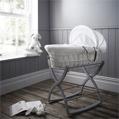 White Gift Wicker Moses Basket + Free Flopsy Bunny