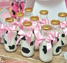Super Ideas Birthday Ideas Diy For Girls Cow Birthday Parties, Country Birthday Party, Cowgirl Birthday, Cowgirl Party, Farm Animal Birthday, Farm Birthday, Diy Birthday, Birthday Ideas, Barnyard Party