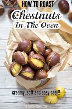 Italian Recipe Book, Italian Recipes, Portuguese Recipes, Roasted Chestnuts Oven, Cooking Chestnuts, Salat To Go, Chestnut Recipes, Thanksgiving Appetizers, Italian Thanksgiving