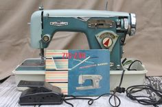vintage retro colors zig-zag sewing machine w/case & manual, Alden's De Luxe