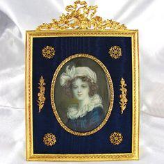 Miniature antique French portrait Miniature Paintings, Miniature Portraits, Antique Picture Frames, Antique Frames, Old Portraits, Portrait Art, Frames Ideas, Oval Frame, Photo Displays