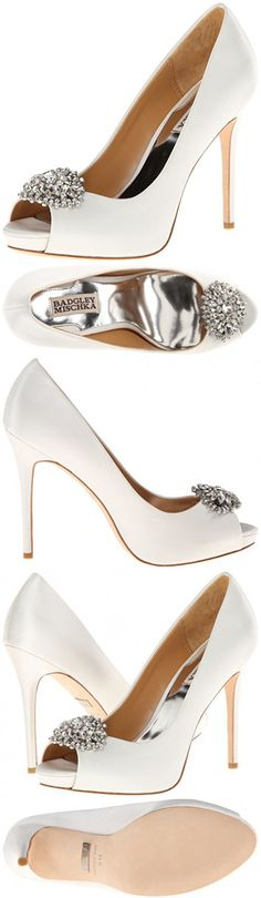 Badgley Mischka Women's Jeannie Platform Pump,White,9 M US