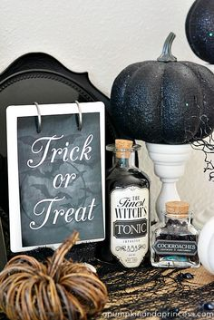 Halloween Decorating Ideas with easy apothecary jar labels + free Trick or Treat printable #Halloween #HalloweenDecor