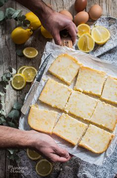 Lemon brownies Recipe very easy. I Love Food, A Food, Food And Drink, Lemon Brownies, Go Veggie, Brownie Cake, Lemon Desserts, Fabulous Foods, Brownie Recipes