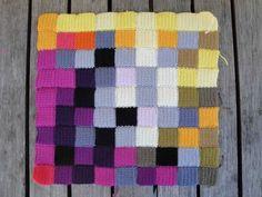 pixel crochet cusion