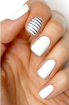 Gorgeous white nails with a touch of grey stripes