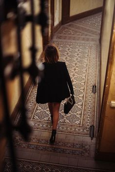 Ana Rosa, le-temps-plus-que-parfait: Carrie Bradshaw, Coco Chanel, Heist Society, Yves Saint Laurent, The Brunette, Vogue, Happy Weekend, Gentleman Style, Dapper Gentleman