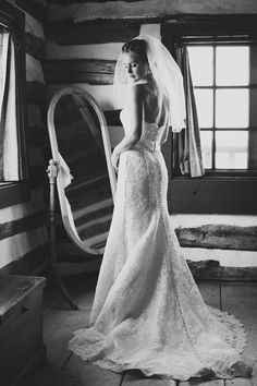 Lace wedding dress on an elegant bride Best Wedding Dresses, Wedding Poses, Wedding Styles, Dress Wedding, Wedding Ideas, Wedding Stuff, Wedding Images, Wedding Trends, Wedding Pictures