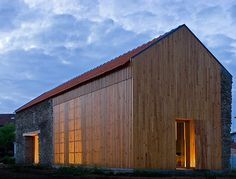 Portuguese Barn Transformed into Sun-Drenched Louvered Residence / João Mendes Ribeiro