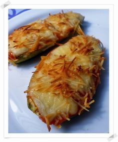 Chef & Quality: Zucchini stuffed with prawns Vegetarian Recipes, Cooking Recipes, Healthy Recipes, My Favorite Food, Favorite Recipes, Small Meals, Food Diary, Fish And Seafood, Soul Food