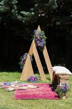 Alfombras para decorar el altar Organización y Decoración: Berezi Moments Galería - Mobiliario y alfombras para bodas y eventos alquiler en Bilbao www.somethingspecialforrent.es