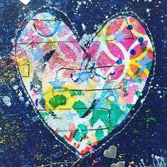 #gelliprinted Valentine by @jwilson133 ❤️❤️❤️. ・・・ Creating Valentine cards in the art space today!! Inspired by @balzerdesigns #gelliplate #juliefeifanbalzer #happyvalentinesday