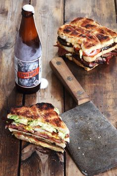En saam met 'n First Light Golden Ale van Devil's Peak Brouery kan niks skeef loop nie! South African Dishes, South African Recipes, Braai Recipes, Cooking Recipes, Dagwood Sandwich, Biltong, Good Food, Yummy Food, Kos