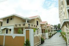 Nandanam Paradise Villas and Apartments, Thrissur - Located just about 4 kilometers from the City, at Viyyur, the 3 / 4 Bedroom independent Double-storied 3/4 bed room Nandanam Paradise Villas promise you a peaceful living.