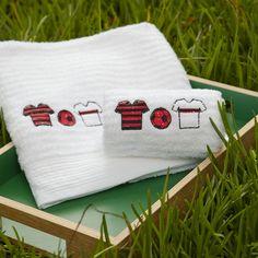 Toalha de banho bordada Futebol #alfaiascasa