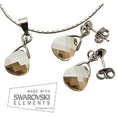 Conjunto briolette. Más información en www.cristalyrodio.com