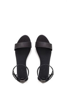 A simple classic sandal the Emmy is crafted from premium leather with understated straps that work seamlessly with this season's shorts and skirts. Cute Sandals, Cute Shoes, Black Sandals, Leather Sandals, Me Too Shoes, Ankle Strap Flats, Designer Sandals, Shoe Closet, Summer Shoes